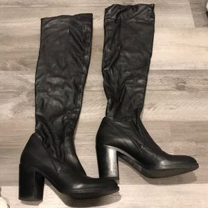 Vero Cuoio Knee high boots